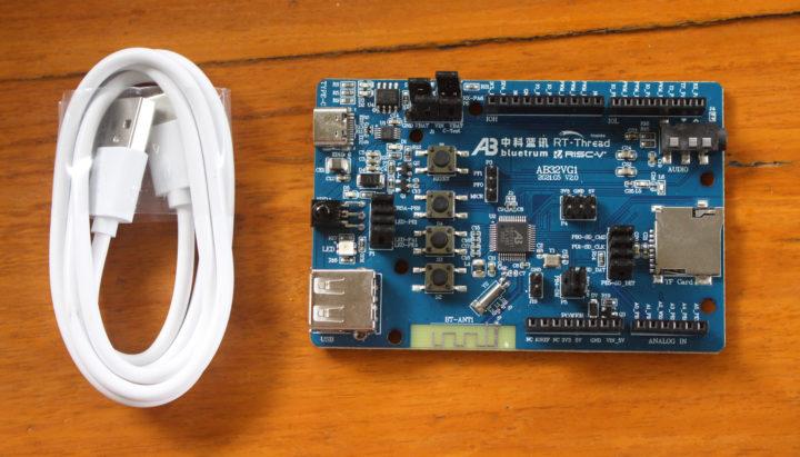 Bluetrum AB32VG1 RISC-V audio board
