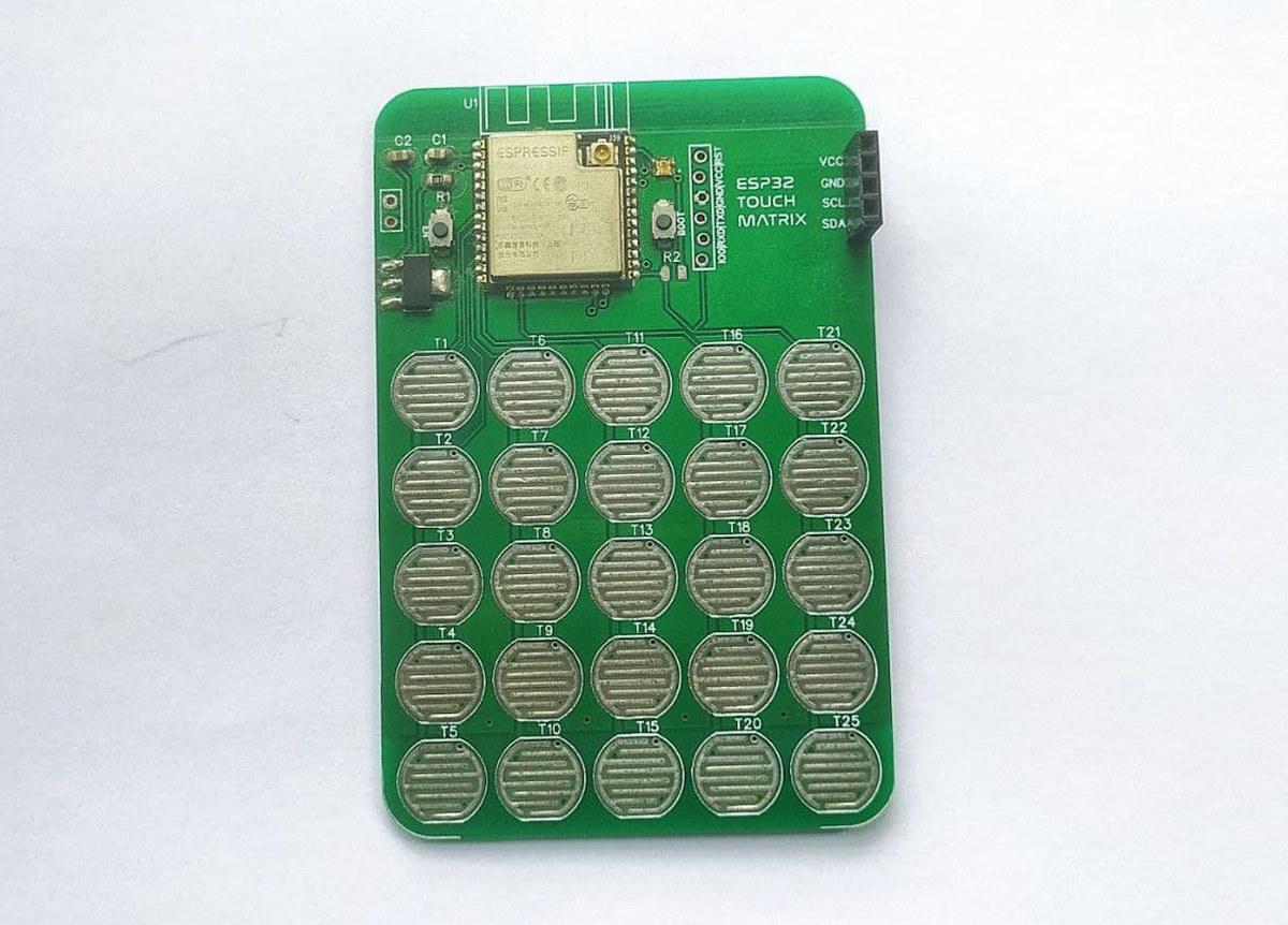 ESP32 Touch Matrix