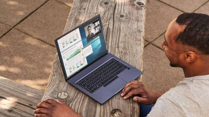 Intel NUC P14E Laptop Element