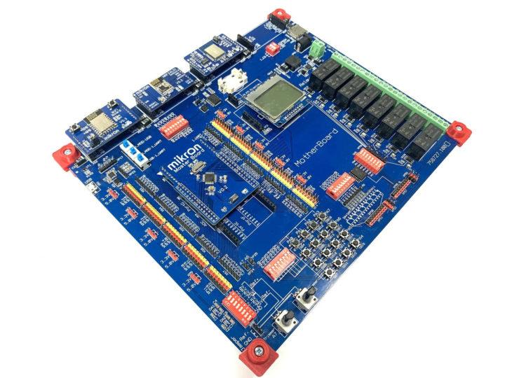 Mikron MIK32 development board